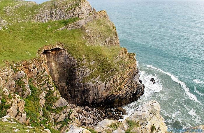 Deboarah's Hole on the Wales Coast Path between Pennard Burrows and Rhossili photographed by Charles Hawes. Walking in Wales.