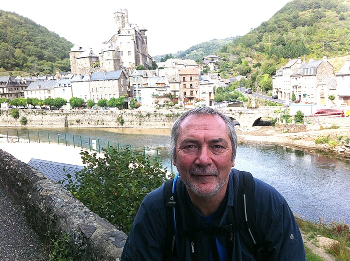 Walking The way of St James between St Come D'Olt and Estaing written and prohotographed by Charles Hawes. Route St Jacques.