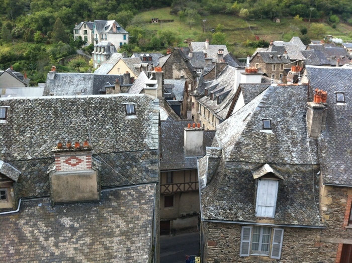 Roofs of Estaing from the castle - Walking The way of St James between St Come D'Olt and Estaing written and prohotographed by Charles Hawes. Route St Jacques.