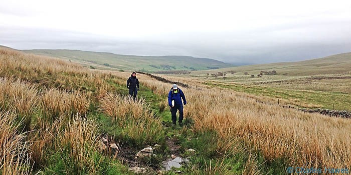 Approaching Cam Houses on the Dales way, photographed by Charles Hawes