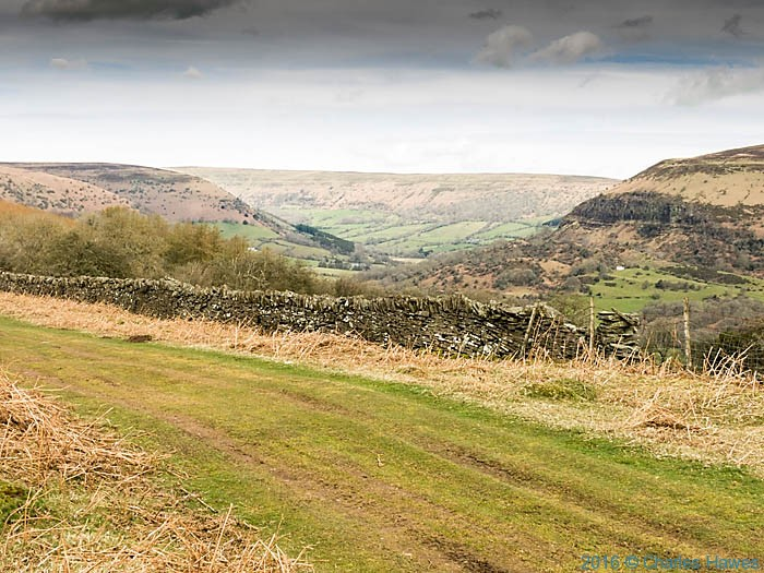 Cambrian way above Vale of Eywas, photographed by Charles Hawes