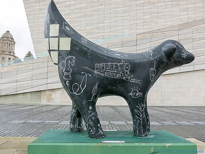 Superlambanana, Liverpool waterfront, photographed by Charles Hawes