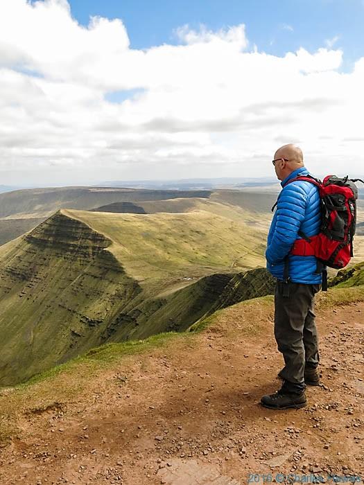 Pen Y Fan Walk >> Charles Hawes and Bob Pinder climb Pen y Fan, Corn du and Cribyn